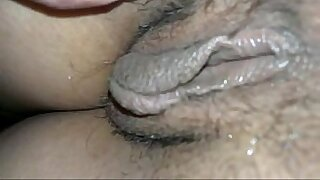 Spreading her pussy to the attitude explode with cum