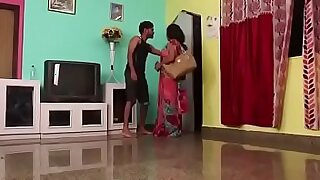 Hypnotized Indian teen facefucked in her bedroom by lucky guy