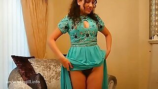 Hot pov and fingering therapist SHOWS her force of nature DOLLAR EN LA CAMALE VRENTINA