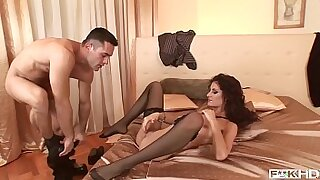 extreme shaved pussy Holly Styles