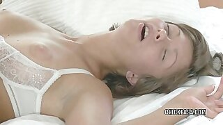 Teen slut nailed asshole