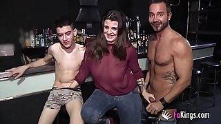 Wild three lesbian babes fuck and fuck
